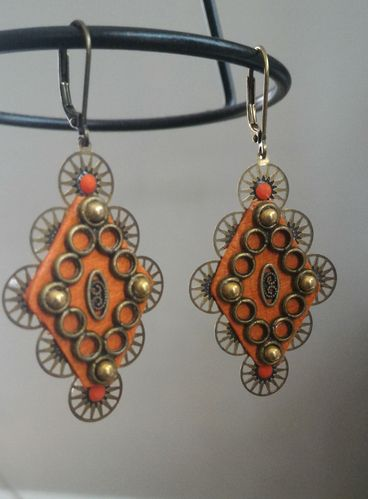 "Boucles ""Donan"" laiton et orange"