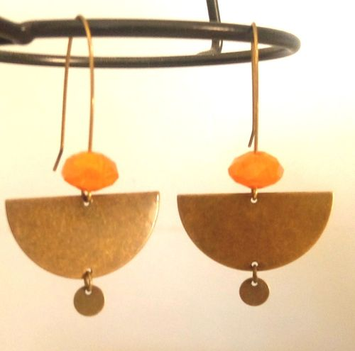 "Boucles ""Maudan"" laiton perle orange"